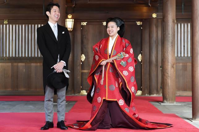 La principessa Ayako ha rinunciato al suo status e al suo patrimonio per sposare Kei Moriya