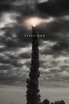 Poster del film con il razzo della missione Apollo 11 in fase di decollo