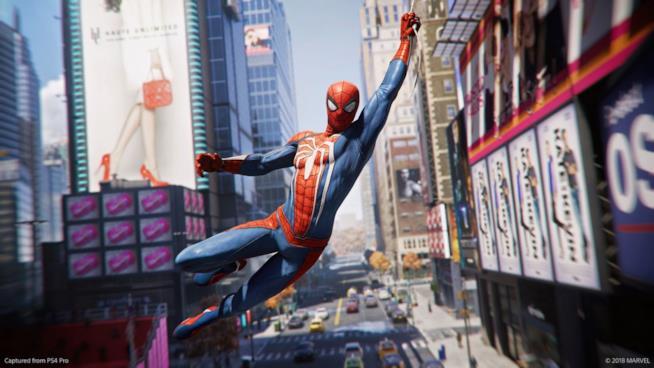 Spider-Man in azione nel videogame per PS4