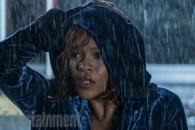 Rihanna in una scena di Bates Motel 5