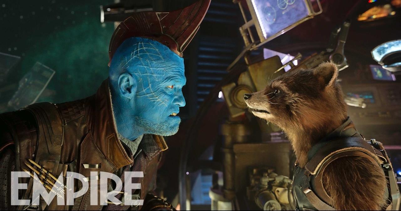 Yondu e Rocket si squadrano faccia a faccia