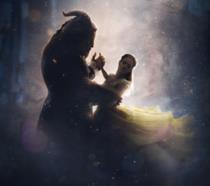 La Bella e la Bestia danzano insieme nel poster del film