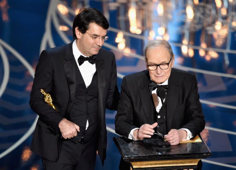 Ennio Morricone accetta l'Oscar 2016