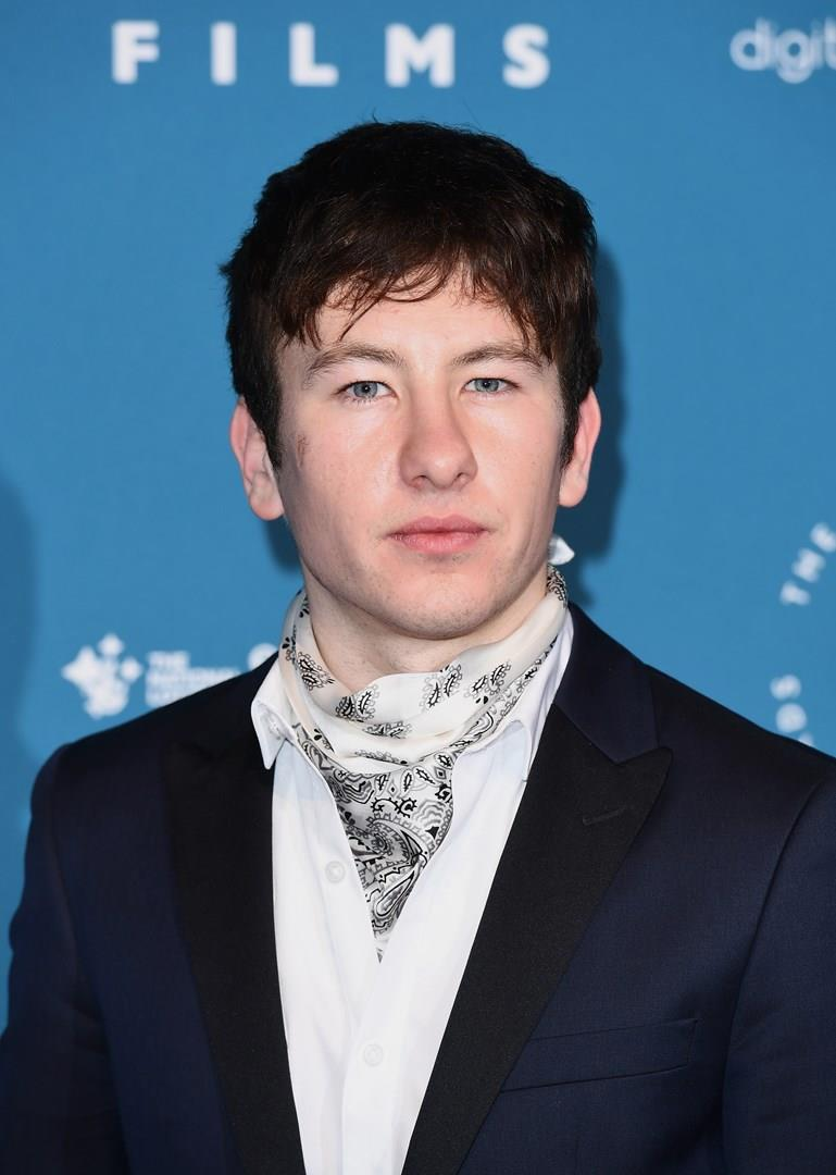 Primo piano dell'attore Barry Keoghan