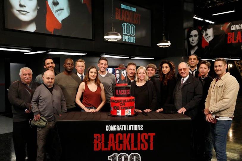 Alcuni personaggi secondari presenti ai festeggiamenti dei 100 episodi della serie