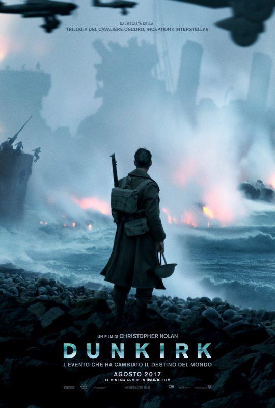 Un soldato guarda la distruzione della guerra nel primo teaser poster di Dunkirk
