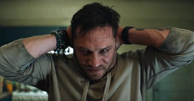 Tom Hardy interpreta Eddie Brock in Venom