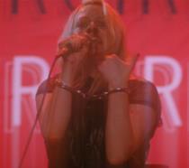 Elisabeth Moss è una rockstar nel trailer del film Her Smell
