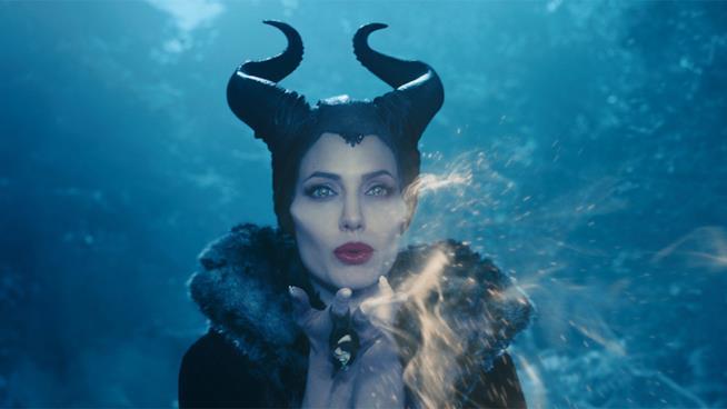 Angelina Jolie in una scena di Maleficent (2014)