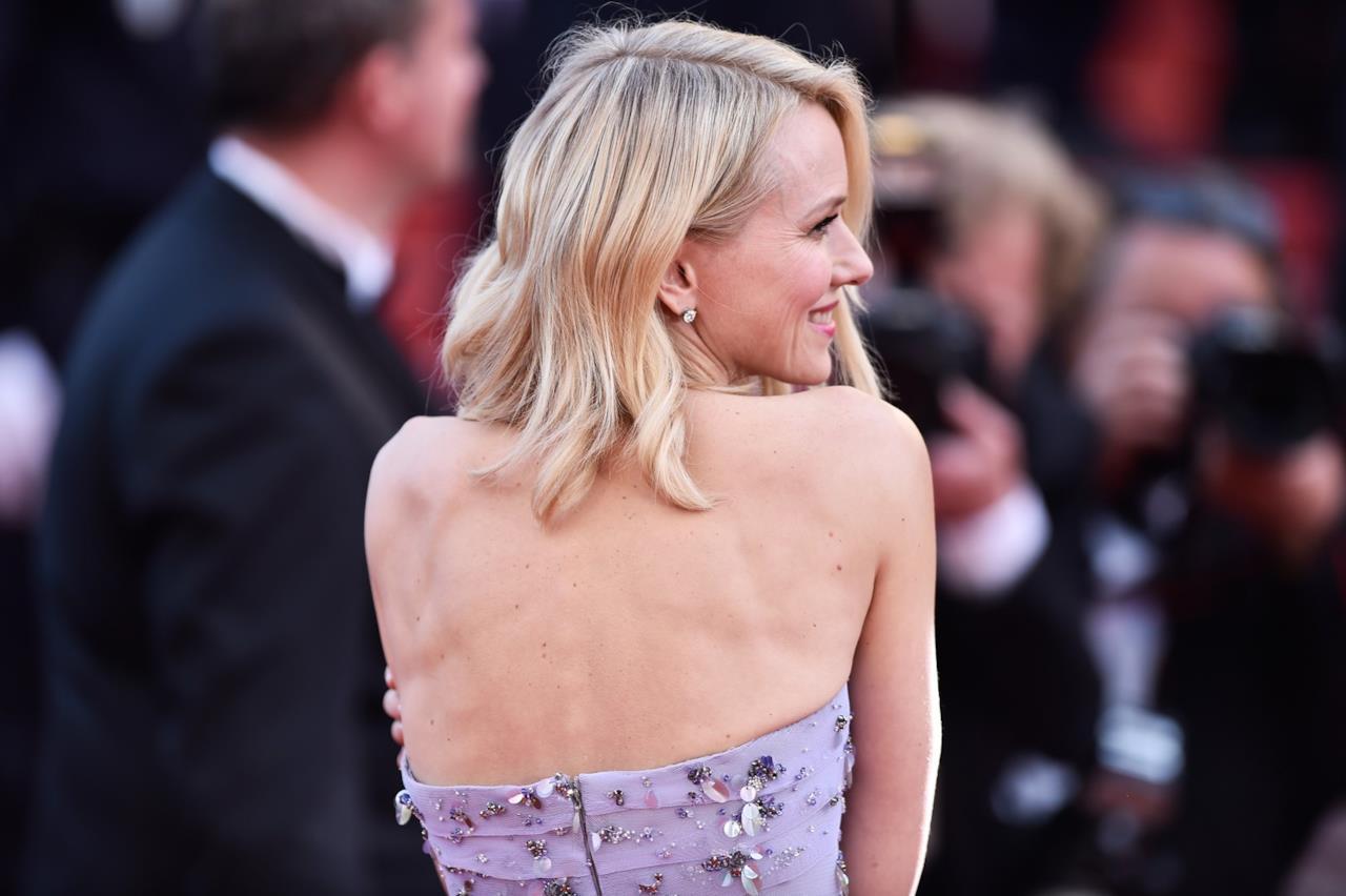 Naomi Watts sul red carpet di Cannes 2016