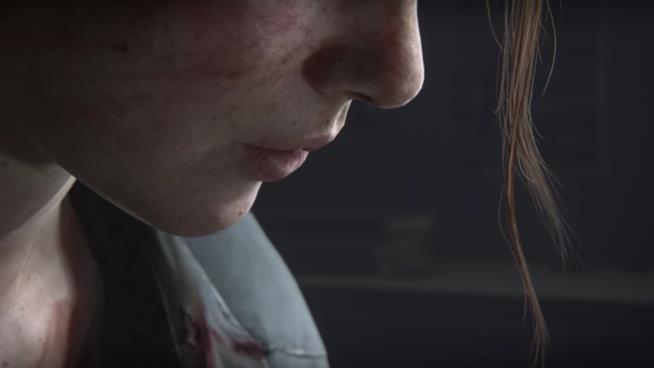 Un primo piano di Ellie in The Last of Us Part II