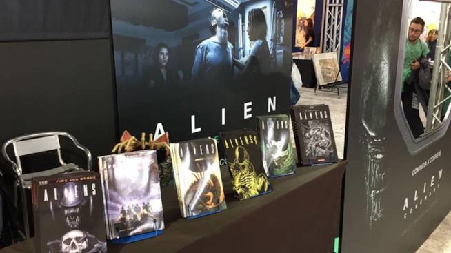 La postazione dedicata ad Alien allo stand SaldaPress a Napoli COMICON 2017