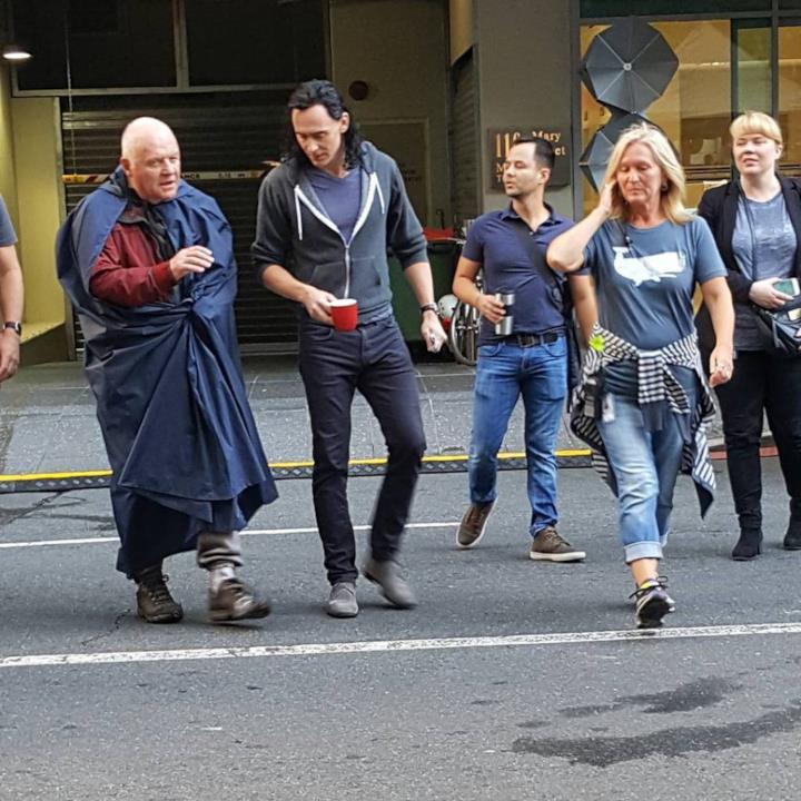 Anthony Hopkins arriva sul set di Thor: Ragnarok