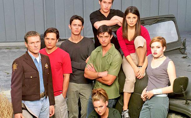 Roswell Cast