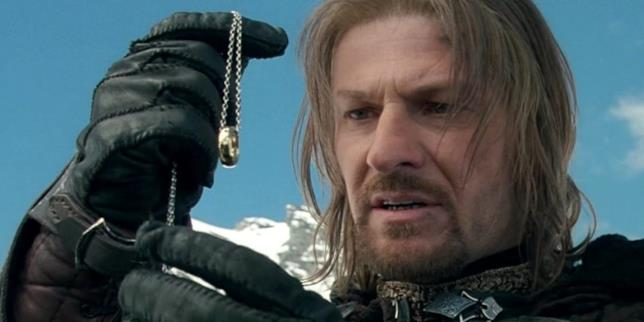 Boromir muore alla fine del primo film della trilogia