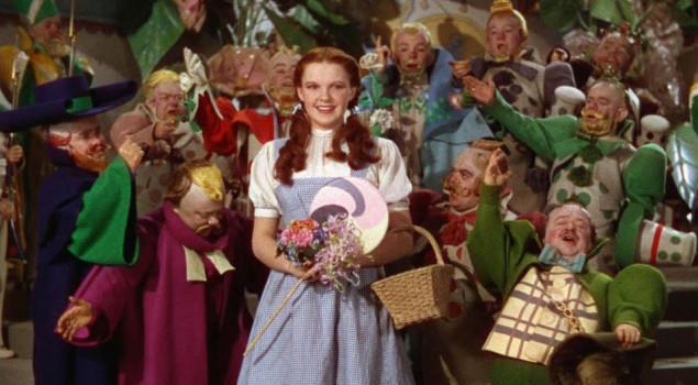 L'attrice Judy Garland in una scena de Il Mago di Oz
