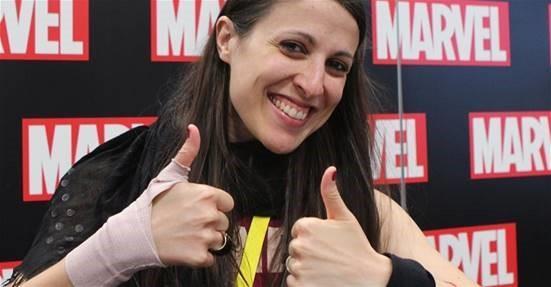 Sara Pichelli sorride a un evento
