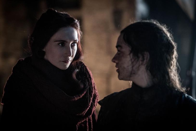Melisandre e Arya in Game of Thrones 8x03