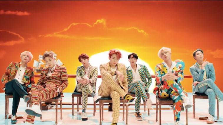 Frame del videoclip musicale Fake Love dei BTS