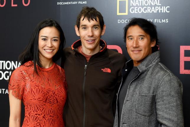 Elizabeth Chai Vasarhelyi con Alex Honnold e il marito Jimmy Chin, candidati per il migliore documentario