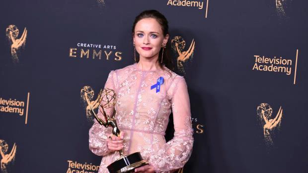 Alexis Bledel sul red carpet dei Creative Arts Emmy Awards 2017