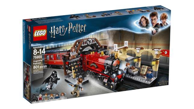 Dettagli del box del set di LEGO Hogwarts Express - Il treno per Hogwarts
