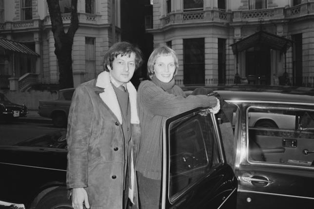 Mia Farrow e André Previn in una foto d'archivio