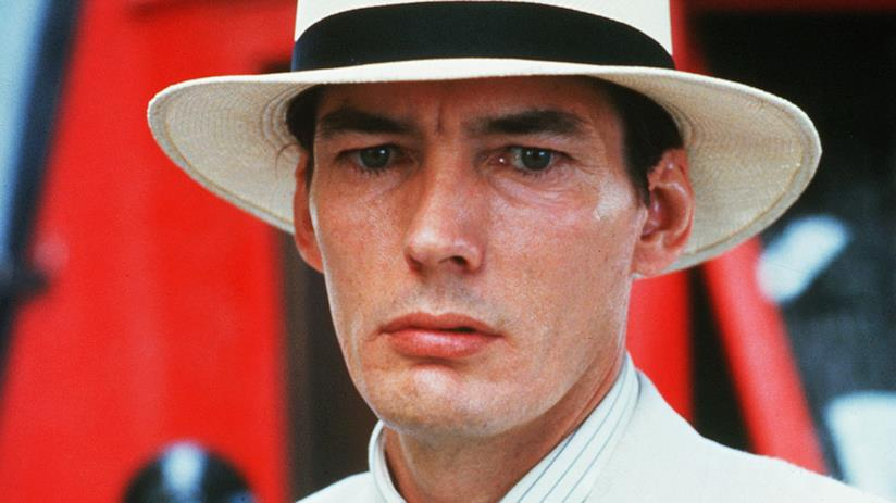 Billy Drago in una scena di The Untouchables - Gli intoccabili