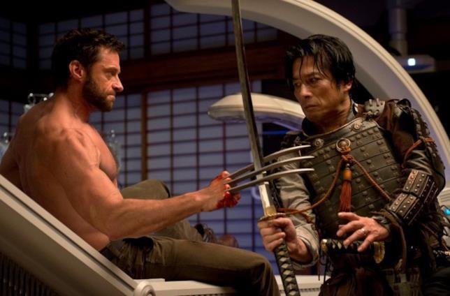 Yashida e Wolverine in una scena della pellicola