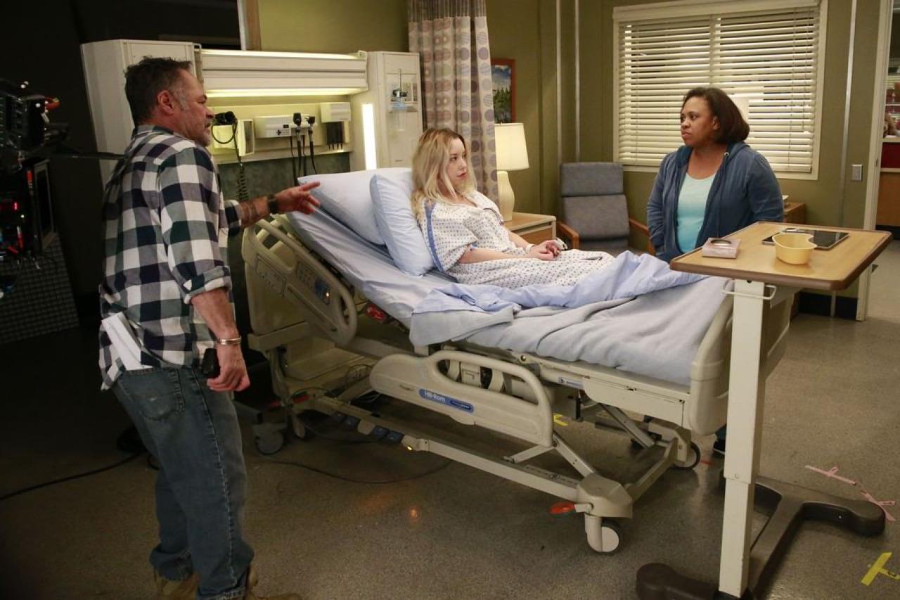Miranda visita la stanza di Katie Bryce