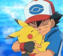 Ash abbraccia il suo Pikachu