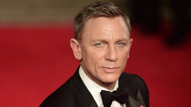 Daniel Craig sul red carpet per la prima di Spectre
