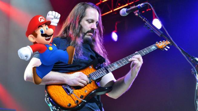 John Petrucci suona con Super Mario