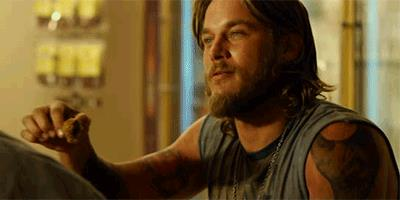 Travis Fimmel in GIF