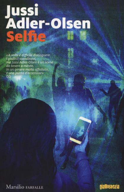 La copertina italiana di Selfie