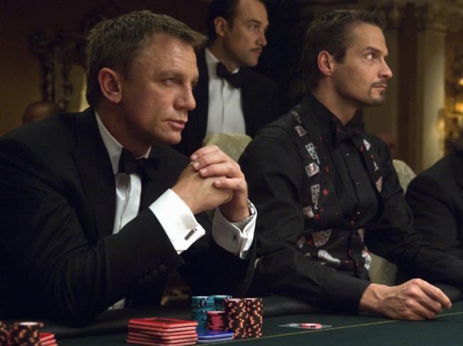 Daniel Craig è 007 in Casino Royale