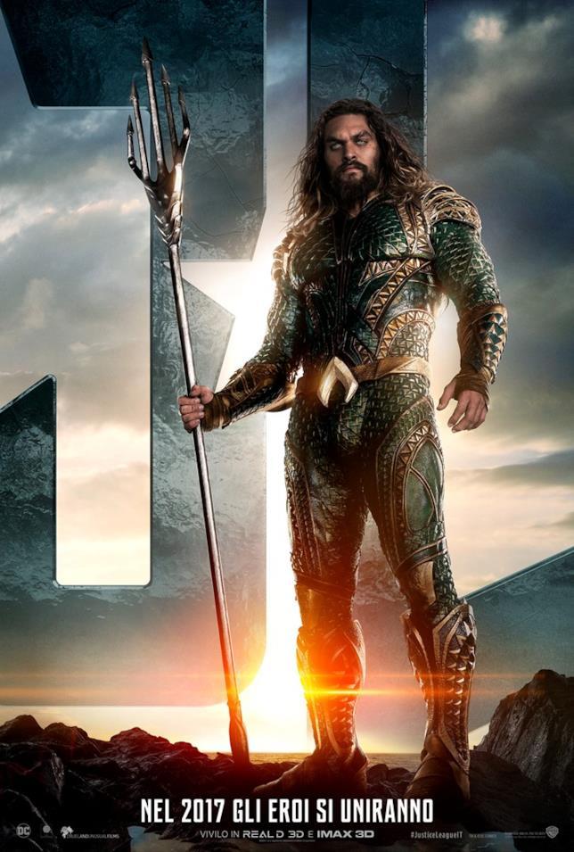 Jason Momoa nel character poster di Justice League dedicato ad Aquaman