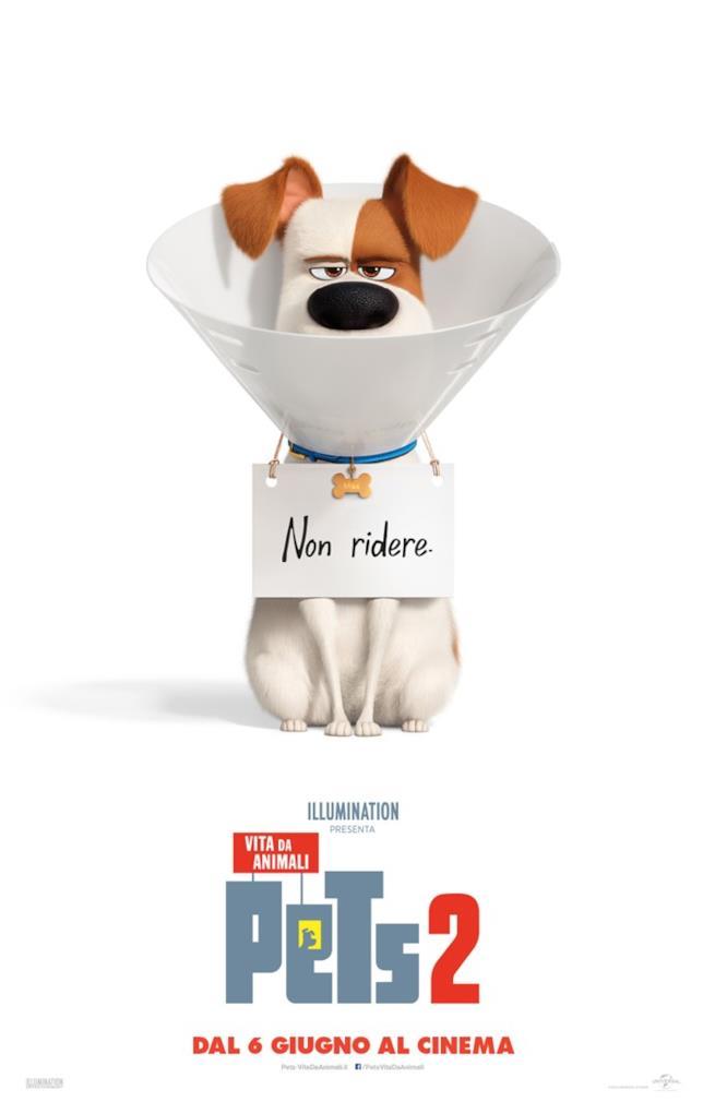 In primo piano Max nel poster di Pets 2 - Vita da Animali