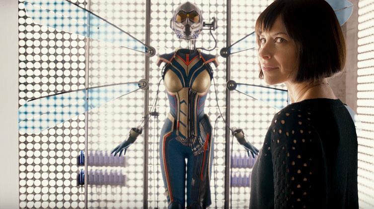 Hope Van Dyne con l'uniforme di Wasp in Ant-Man