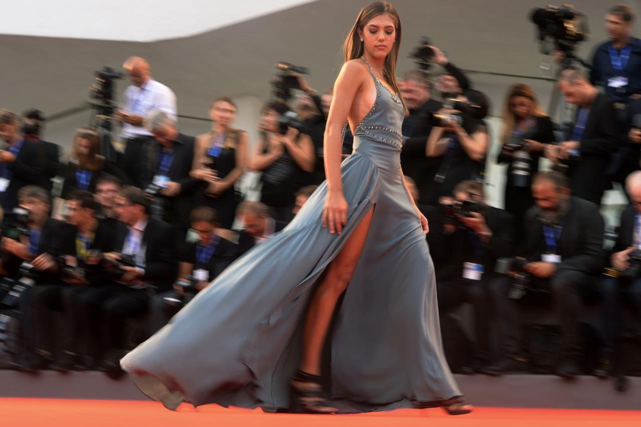 Il red carpet di Sistine Stallone  a Venezia 73