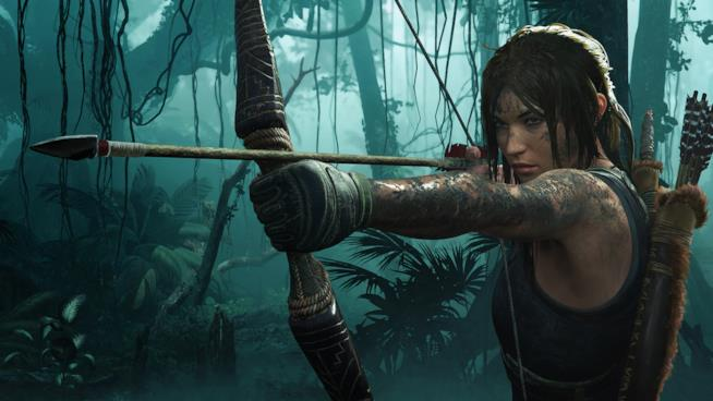 Lara Croft scocca una freccia in Shadow of the Tomb Raider