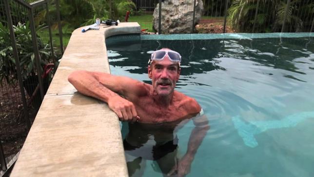 Michael Newman oggi nella sua piscina