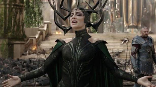 Cate Blanchett nei panni di Hela in una scena di Thor: Ragnarok