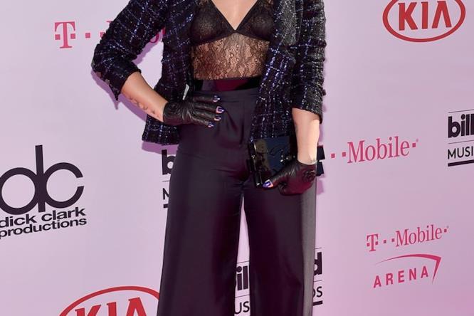 Billboard Music Awards 2016: Demi Lovato