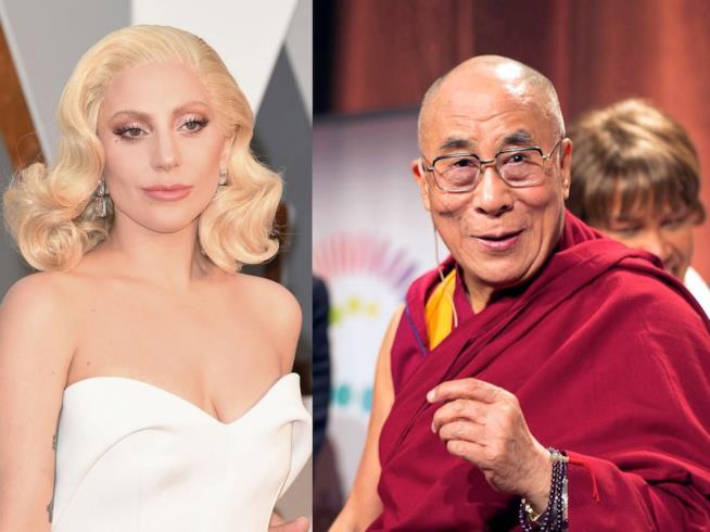 Primo piano di Lady Gaga e del Dalai Lama