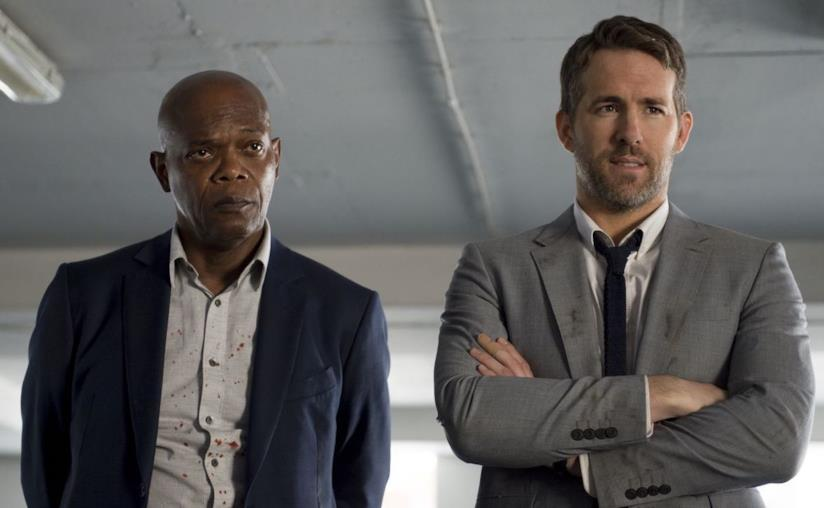 Samuel L. Jackson e Ryan Reynolds in una scena del primo film
