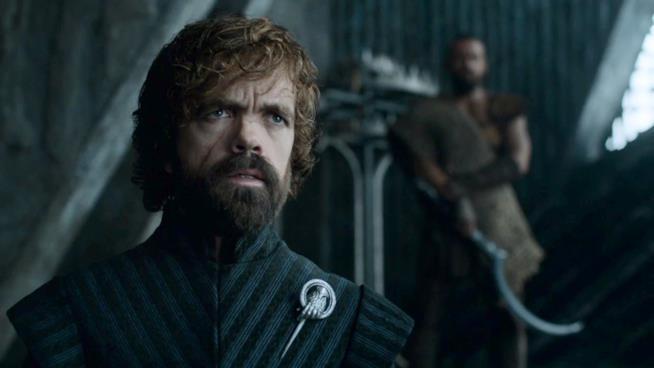 Game of Thrones 7x03, Tyrion Lannister con un Dothraki sullo sfondo