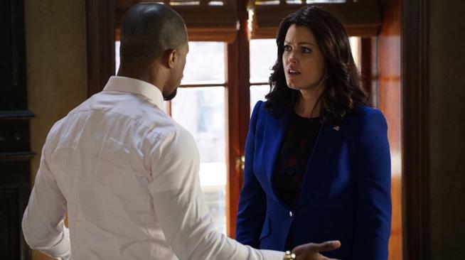 Mellie Grant e Marcus in una scena di Scandal