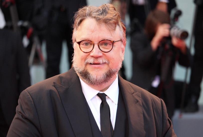 Guillermo del Toro vince Venezia 74 con il film La Forma dell'Acqua.