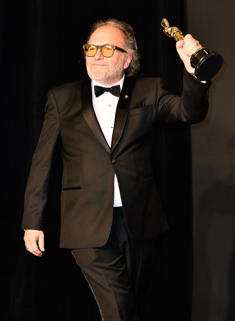 Alessandro Bertolazzi con il premio Oscar
